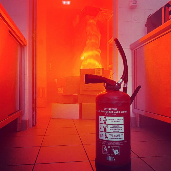 en cas d'incendie dans un établissement apprendre évacuer le personnel en toute sécurité