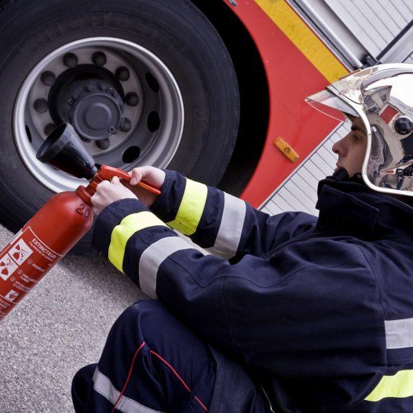 Formation unité mobile incendie, contenir un feu avant l'arrivée des secours