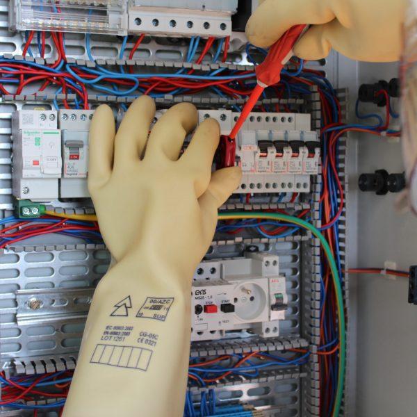 devenir formateur en habilitation électrique